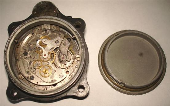 7c6a88a85 И вот уже в 1866 году на свет божий появляются первые часы, изготовлены и  спроектированы сугубо на производстве Junghans. Но 1870 году Эрхард  умирает, ...