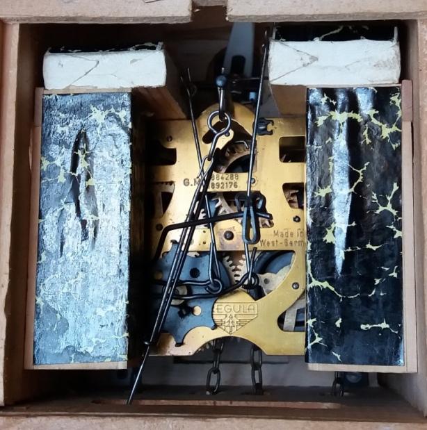 Старинные настенные часы с кукушкой немецкие гиревые
