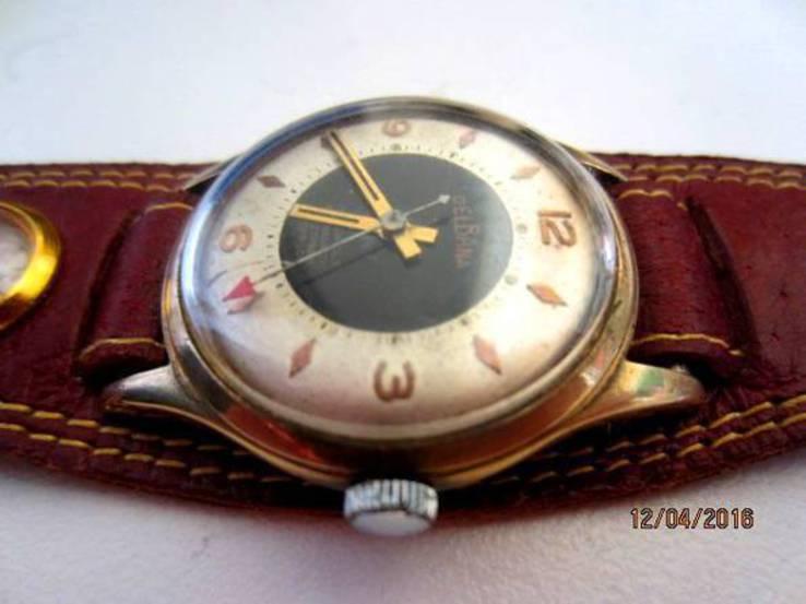 швейцарские наручные часы Delbana