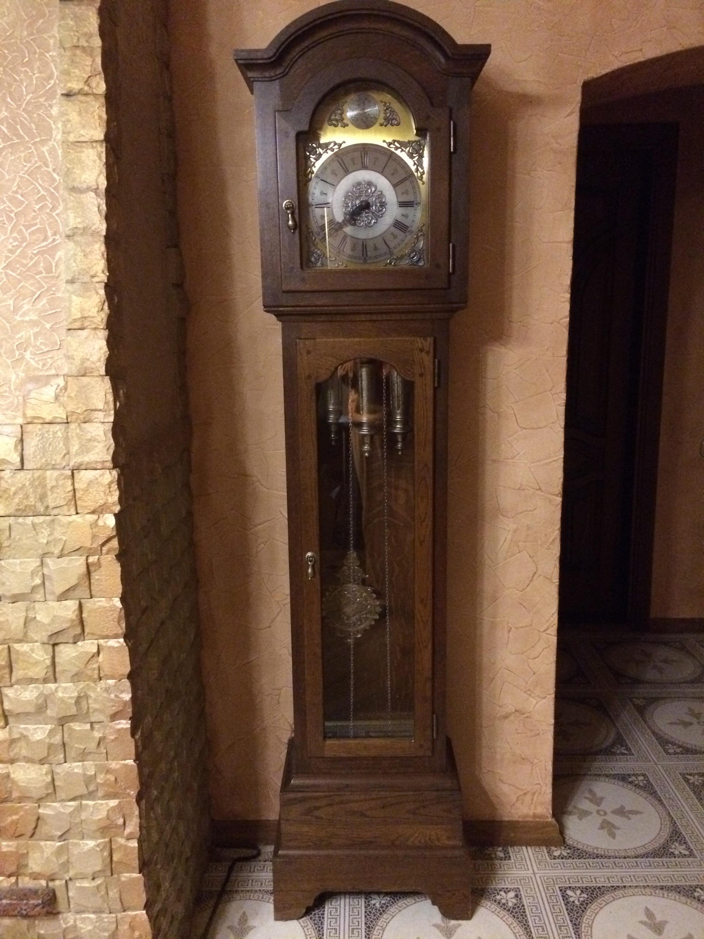 часы Tempus Fugit  старинные антикварные деревянные напольные с боем