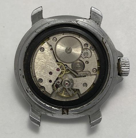 Командирские часы Восток с календарем пограничные