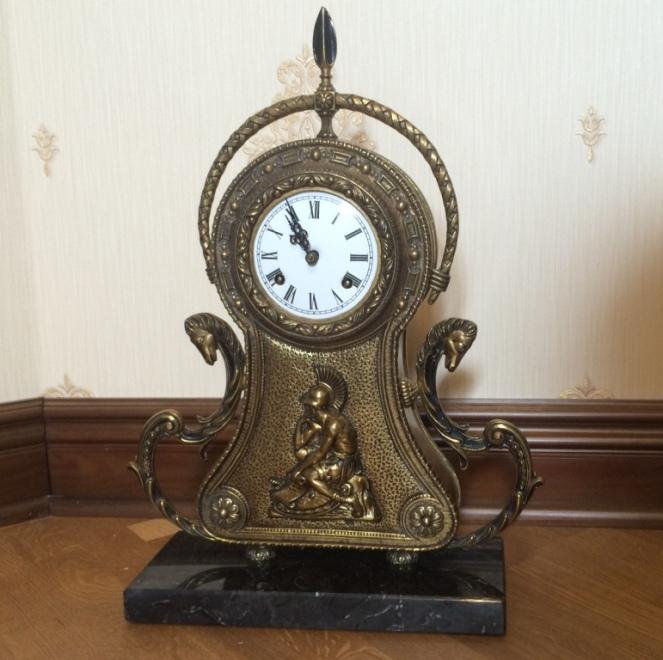 Продать часы старинные настольные в час сдать на самаре квартиру