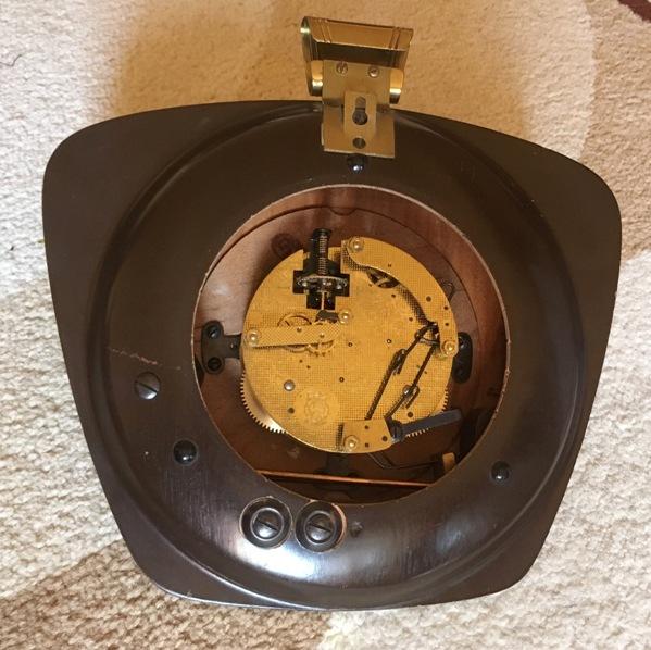 Винтажные настенные часы Zentra