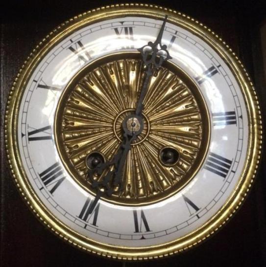 Старинные настенные часы австрийские