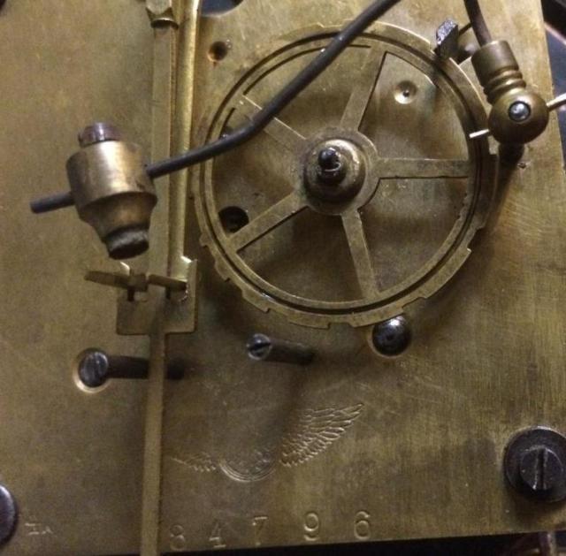 Старинные настенные часы кинцле