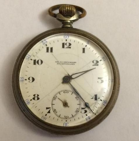 Старинные карманные швейцарские часы Revue