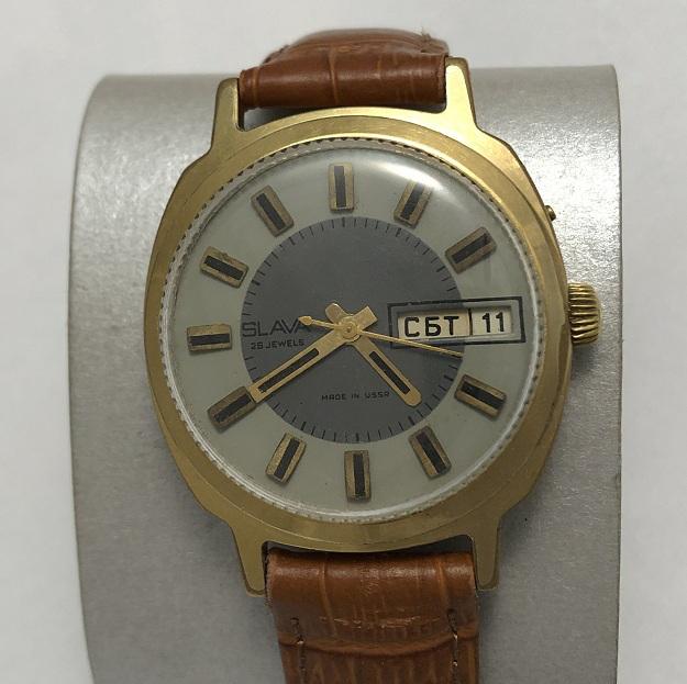 Мужские наручные часы Слава механические 26 камней