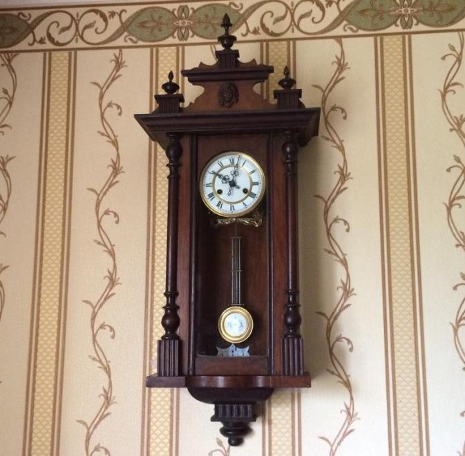 Старинные настенные часы FMS начала 20 века