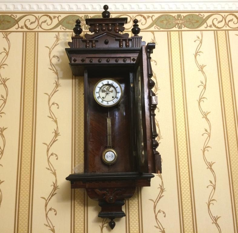 немецкие часы с выносным анкером