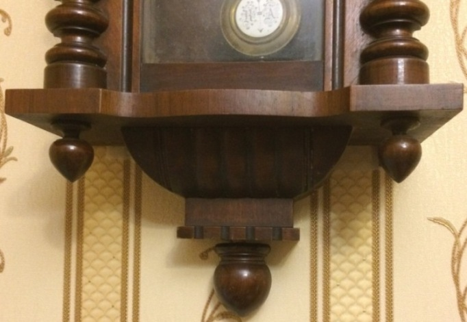 Старинные настенные часы Gustav Becker