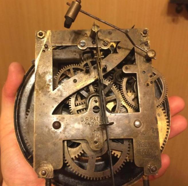 настенные часы Kienzle с боем