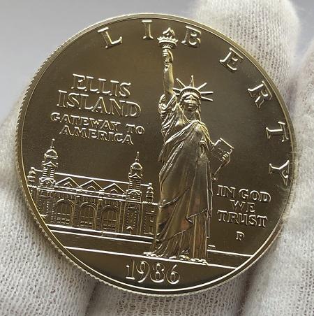 Один серебряный доллар США 100-летие статуи Свободы