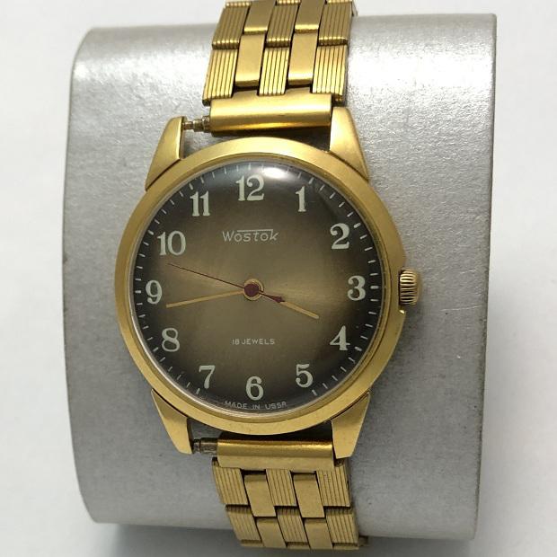 Мужские наручные часы Восток СССР зеленые позолоченные