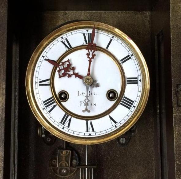 часы LE Roi a Paris kienzle