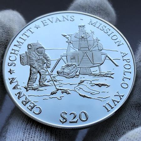 Серебряная монета Либерии