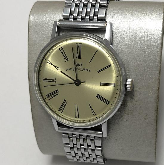 Наручные часы Луч СССР 23 камня отличные