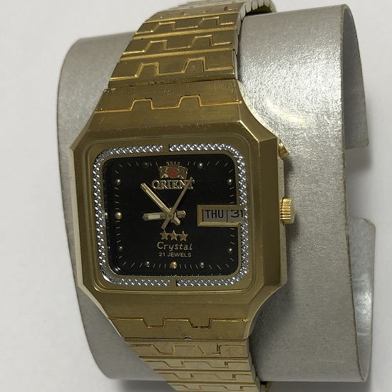 наручные часы Восток СССР тесненый циферблат