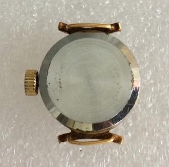 Женские наручные часы СССР Чайка