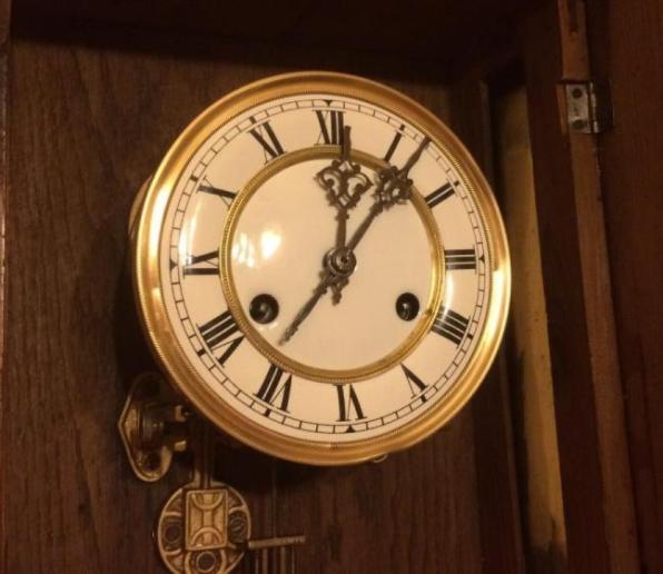 Старинные настенные часы FMS с боем