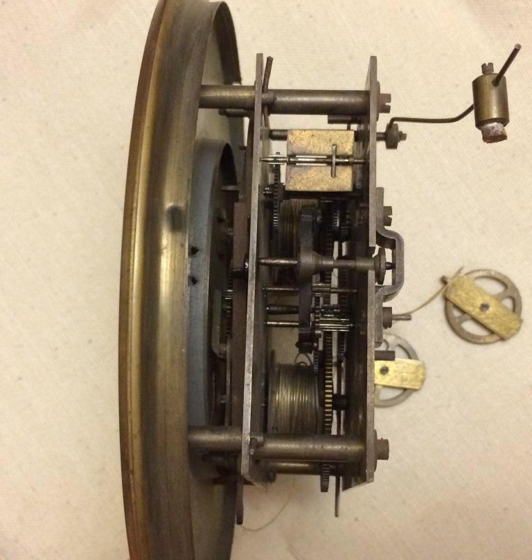 настенные гиревые часы Gustav Becker