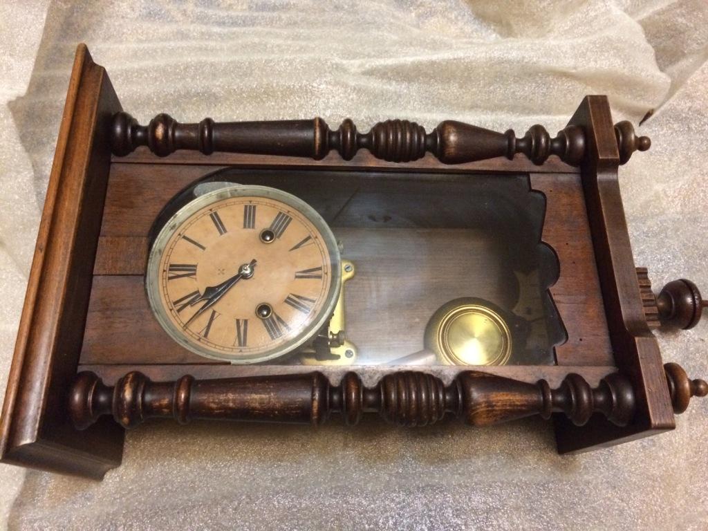 Старинные настенные часы HAU (около 100 лет!)