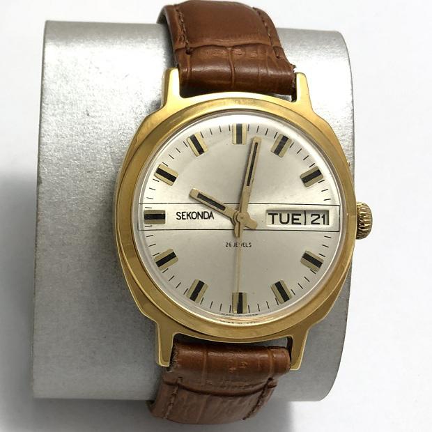 Мужские наручные часы Seconda СССР в позолоте редкие