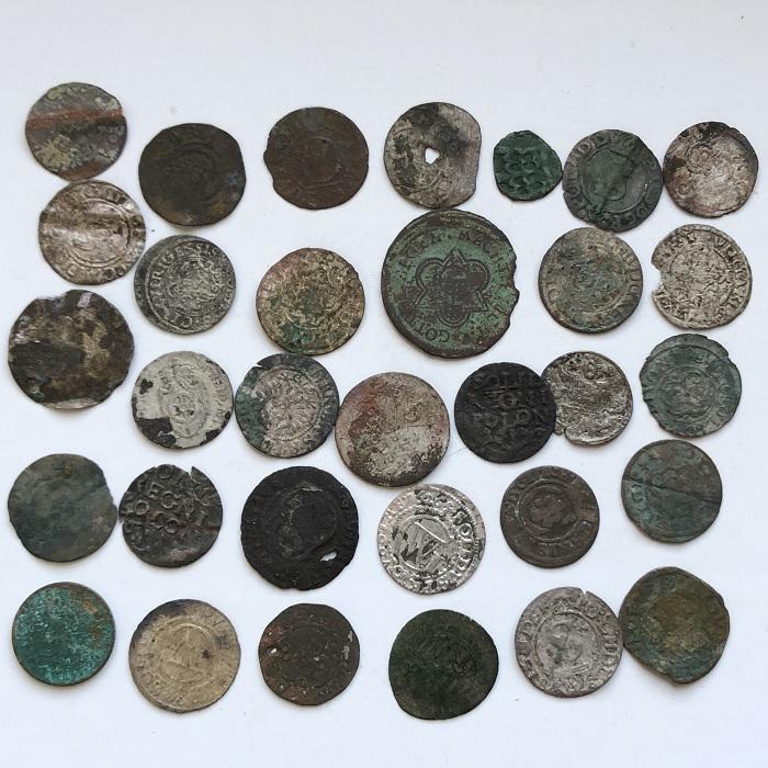 Старинные европейские средневековые монеты