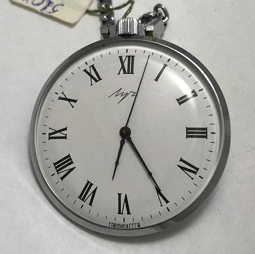 наручные часы Ракета СССР 2628 Н рифленный циферблат в позолоте