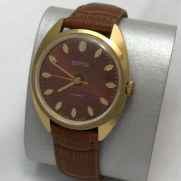 Наручные мужские часы Восток СССР бордовые позолоченные