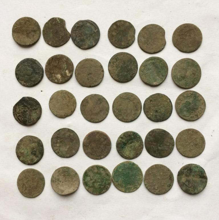 Комплект средневековых шелягов Казимира