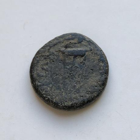 Монета древнего Рима Домиция Лонгина