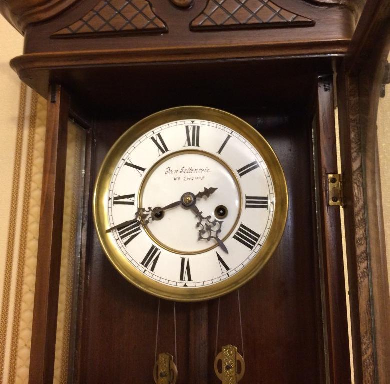 гиревые настенные часы Gustav Becker рококо