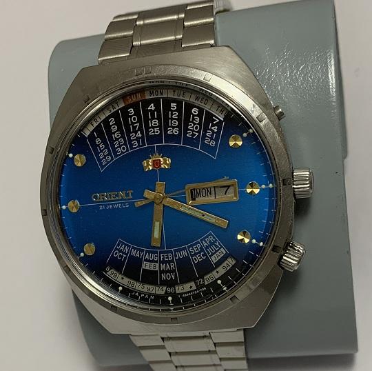 наручные часы Слава сделано в СССР 26 камней антрацитовые