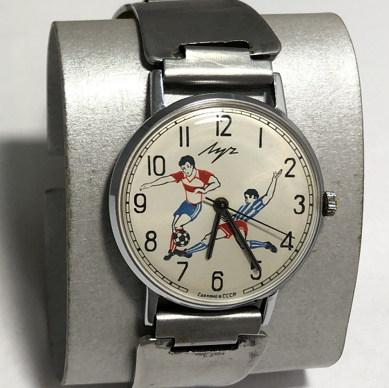 Наручные мужские часы Луч СССР 23 камня футбол