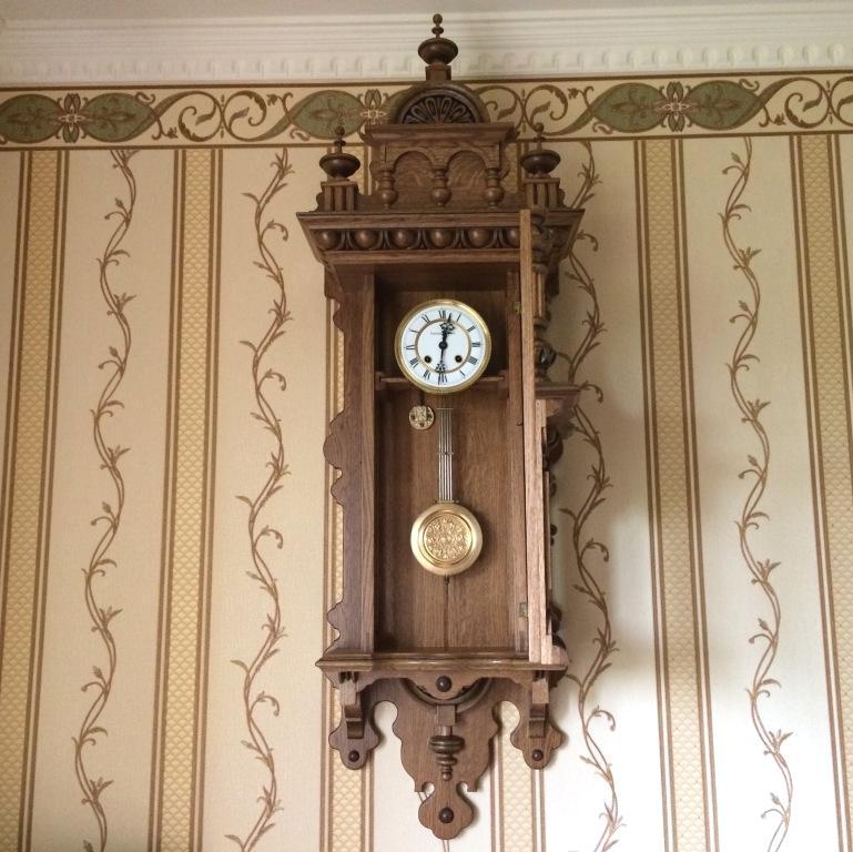 Настенные часы Gustav Becker большие 1905 год