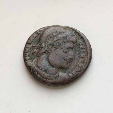 Интересная древнеримская монета Константина Великого