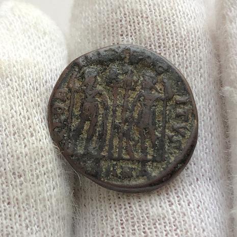 Интересная древнеримская монета