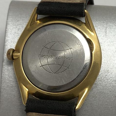 Мужские наручные часы Ракета СССР позолоченные белый циферблат