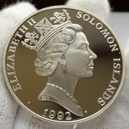 Серебряная монета Соломоновых Островов