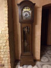 годинник напольний Tempus Fugit в дубовому корпусі з боєм четвертний