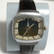 Наручные мужские часы Победа красивые и редкие