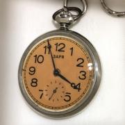 Карманные часы Заря из СССР