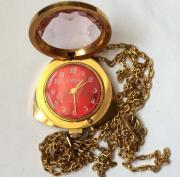 Женские часы кулон Заря СССР позолоченные 21 камень экспортные