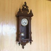 Немецкие настенные часы FHS с конем