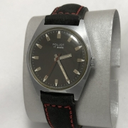 Мужские наручные часы ЗИМ СССР зеленые в позолоте