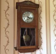 Старинные настенные четвертные часы Kienzle 1925 год
