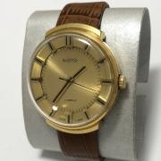 Мужские наручные часы Восток 17 камней СССР бежевые позолоченные