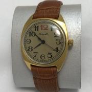 Мужские наручные часы Ракета 2609 НА с узорами в позолоте СССР