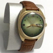 Наручные мужские часы Слава СССР зеленые позолоченные