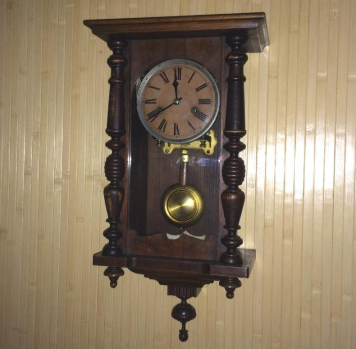 Стоимость их настенные часы старинные в дальнереченске часов скупка